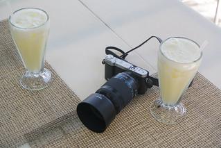 Camera & Pina Colada