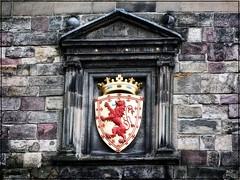 Edinburgh Castle (Scotland) (Sigurd66) Tags: uk castle scotland edinburgh europe coatofarms edinburghcastle escocia royalmile edimburgo escudo castilloedimburgo duneldeann