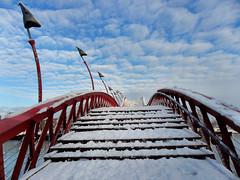 Brug over het Spoorwegbassin, 10-2-2013 (kees.stoof) Tags: amsterdam docklands brug zeeburg spoorwegbassin oostelijkhavengebied havensoost