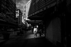Los Angeles (Rinzi Ruiz [street zen]) Tags: life california light urban blackandwhite bw usa art monochrome photography candid streetphotography fujifilm streetphoto losangelesstreetphotography xpro2 streetzen rinziruiz fujifilmxus fujifilmxpro2 5yearsofxseries
