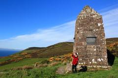 Badbea Monument, Badbea, Scotland (ash_russell) Tags: scotland highlands wilderness sutherland caithness badbea