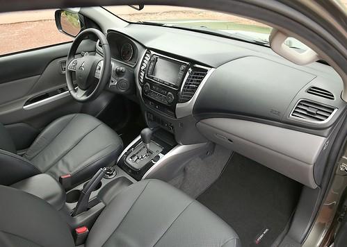 Mitsubishi L200 Club Cab