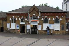 Walthamstow Central station (Station Approach entrance), Hoe Street, E17 (Tetramesh) Tags: uk greatbritain england london unitedkingdom britain londres gb londra londen londinium lontoo llondon londone londyn llundain londn  lunnainn londain londono tetramesh londrez  loundres londr lndra
