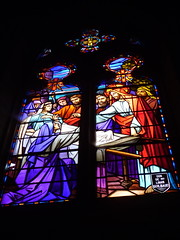 Aizenay (ChevillonW) Tags: heritage church colors architecture iglesia stainedglass chiesa vitrail glise vidrieras stainedglasswindow patrimoine vende vitraux stainedglasses vitrales vetrocolorato
