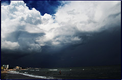 Storm at Black Sea (2) (Ioan BACIVAROV Photography+4millions visits-Thanks) Tags: blue storm black verde beautiful clouds wonderful dark interesting ciel romania nor blacksea orage photostream stormclouds nori cer mamaia albastru negru mareaneagra furtuna ultramarin wonderfulphoto mernoire ioanbacivarov bacivarov