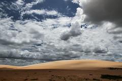 Brazil - Areia Branca (Nailton Barbosa) Tags: nikon d800 dunas do rosado rio grande norte rn nordeste ne litoral areia branca potiguar brasil brasile brsil bresil brasilien nuvens clouds brazlie cliffs dunes dnen wolken     moln     brazylia wydmy nuages nuvole