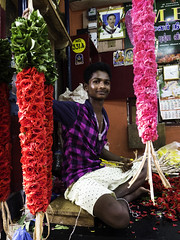 1510 India-1070002 (esther.park) Tags: centralmarket coubertmarket india pondicherry flowervendor
