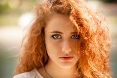 Mirada intensa (Dani_vr) Tags: red portrait sexy hair rojo eyes corua chica retrato babe redhead galicia redhair pelirroja pelo blueeyed redhaired betanzos