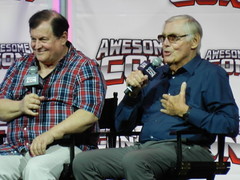 Burt Ward and Adam West (dcnerd) Tags: robin batman batmanandrobin adamwest burtward awesomecon awesomeconwashingtondc awesomecondc awesomecon2016