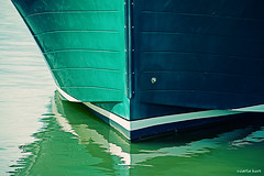 green hull - Essex, CT (carlamgk) Tags: blue sea green water marina reflections boat dock nikon bow hull d600 essexconnecticut nikond600