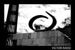 Panteão Tancredo Neves (victorrassicece 3 millions views) Tags: cidade canon américa paisagem urbano pretoebranco brasilia distritofederal américadosul paisagemurbana 20x30 2013 panteãotancredoneves rebelxti canoneosdigitalrebelxti cidadebrasileira canonefs1855mmf3556is