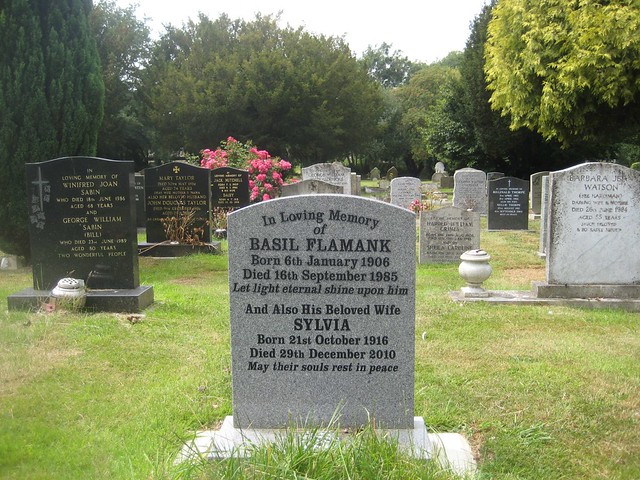 Moreton in Marsh Cemetery 2011 - 2