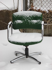 cold seat (TMQ.st.louis) Tags: snow trash garbage chair alley seat refuse trashbit