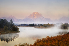 Morning Mist at Oxbow Bend (Vision & Light Photo) Tags: morning autumn mist mountain reflection fall nature water beauty fog landscape outdoors dawn nationalpark solitude wyoming grandtetons wilderness teton tetons grandteton tranquil rugged grandtetonnationalpark oxbowbend