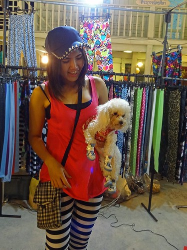 2012 12 15 p Vac Thailand Hua Hin Chatdila night market-25