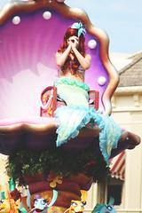 Ariel (Princess Shea) Tags: ariel disney disneyworld waltdisneyworld magickingdom thelittlemermaid disneyparade facecharacter facecharacters thelittlemermaidunit festivaloffantasyparade festivaloffantasy fofparade