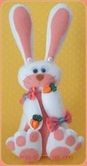 Coelhinha Bela (Mimos e Artes da Jana) Tags: pscoa criana feltro presente coelha coelhinha