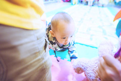 KUN_6165 () Tags: baby kids children nikon child g wide happiness wideangle  f28 extendedfamily  littleboys  playinggame lovefamily  1424   q   d3s 1424mm lesenphants  nikonafsnikkor1424mmf28ged  2015201501 no1