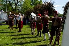 GSM-Bristol (Pahz) Tags: fire photography cannon renfaire renaissancefaire renfest musket janesvillewi traxlerpark janesvillerenaissancefaire nikond5100 gsmbristol pattysmithjrf