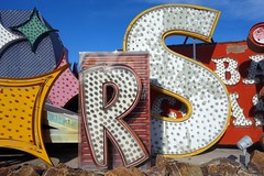 staRdust (k.james) Tags: vegas signs neon lasvegas casino letter bulbs brightlights neonsign stardust vintagesign neonmuseum neonboneyard kenthenderson kjameshenderson