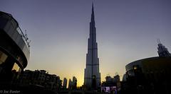 Burj Khalifa at sunset (Joe Panter) Tags: burjkhalifa burjkahlifa architecture dubai uae burj kalifa highest building skyscrapers lights night nightime sunset cityscape city amazing high joepanter canon7dmkii canon