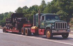 "IH S2500 ""Walsh Bros"" w/M51A2 (PAcarhauler) Tags: tractor truck semi international m51 trailer ih"