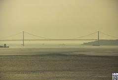 Approaching (tnekralc) Tags: bridge lisboa 25 april approaching teho