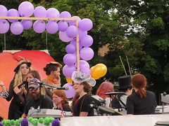 Balloon arch (jamica1) Tags: canada balloons bc purple okanagan may columbia days parade british kelowna rutland