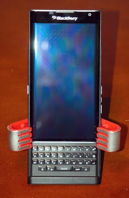 nikond70 schneiderkreuznach blackberrypriv nikkordxafs55200mm1456gednonvrzoom blackberrypriv27mm122schneiderkreuznachlens