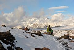 Gigante escondido/Hidden giant (Javiera Castro) Tags: chile naturaleza mountain snow nature landscape volcano outdoor nieve paisaje montaa volcn