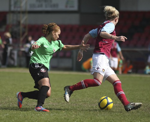 Lewes Ladies v West Ham 5 5 2013 6451