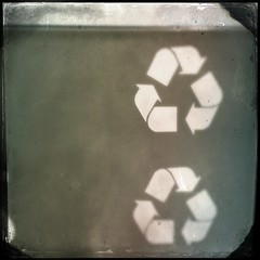 5/21/13 Recycle (Karol A Olson) Tags: graphic symbol gray arrows may13 recycle simple iphone hipstamatic project3652013 fmsphotoaday