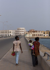 Massawa Island Causeway, Massawa, Eritrea (Eric Lafforgue) Tags: africa travel baby water vertical horizontal outdoors photography women child redsea fulllength massawa eritrea hornofafrica eastafrica 3people realpeople threepeople colorimage eritreo erytrea eritreia colourimage africanethnicity  massaoua ertra    eritre eritreja eritria builtstructure unrecognizableperson  rythre africaorientaleitaliana     eritre eritrja  eritreya  erythraa erytreja     ert6836