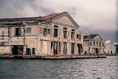 IMG_0013.jpg (Spavalice) Tags: ocean building water dock cuba oldbuilding decaying cubanlife
