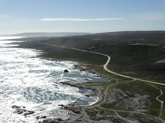 Shipwreck (Ballacorkish) Tags: whales 6000 capeagulhas seasky agulhas southernrightwhales bathawk struisbaai ballacorkish 6000coza
