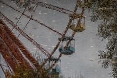 Big Wheel Out Of Order (Lens Daemmi) Tags: reflection berlin abandoned water wheel canon germany deutschland eos big wasser ferris amusementpark spiegelung riesenrad plänterwald spreepark vergnügungspark lostplace 70d aufgegeben go2know