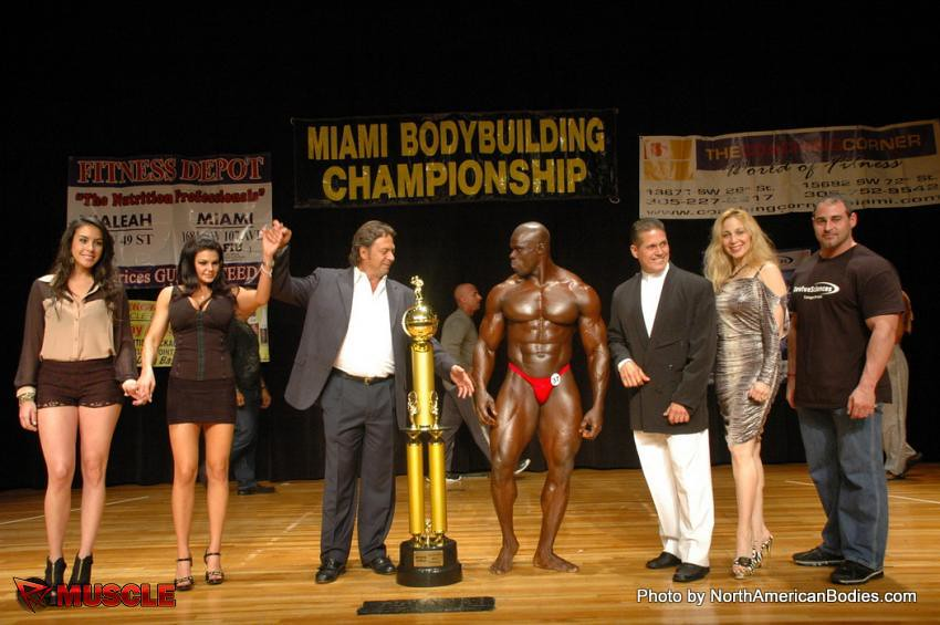 Nude male contest ICLOUD LEAK images 3