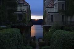 VILLAS CHARLOTTE BRONT SUNSET (mgarbowski) Tags: water architecture landscape bronx riverdale tmg2013 fujifilmx100s