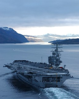 //www.flickr.com/photos/9968740@N07/10654218764/: USS Ronald Reagan