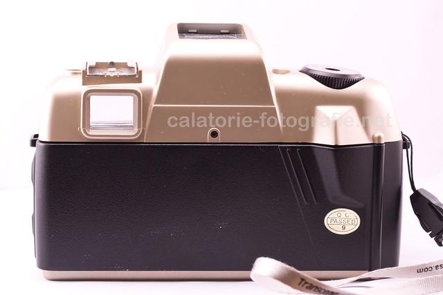 Olympia DL2000A - un pseudo-SLR de plastic ieftin, dar simpatic 11658710745_5ffd5f79cd_z