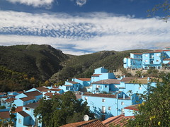 Blue Smurf Village Juzcar Schlumpfdorf Andalusien Spanien (hn.) Tags: blue houses roof sky copyright cloud house mountain mountains rooftop berg clouds spain heiconeumeyer europa europe dorf village rooftops pueblo eu himmel wolke wolken haus andalucia sierra berge roofs espana spanish es smurf blau andalusia spanisch dach smurfs comunidad spanien schlumpf pitufo roofscape gebirge huser mountainrange copyrighted schlmpfe bergig autnoma dcher serrania smurfblue dachlandschaft smurfvillage juzcar serraniaderonda rooflandscape husermeer provinceofmalaga autonomouscommunity provinciademalaga comunidadautnoma dchermeer schlumpfblau comunidadautnomadeandaluca pueblopitufo schlumpfdorf provinzmalaga