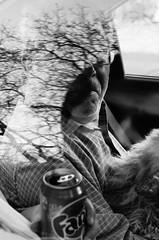 Reflejo (Aguilera Zulantay) Tags: chile santiago blackandwhite man reflection tree art blancoynegro car arbol cool nice arte artistic retrato guitarra cara style follow personas perro reflejo caras tunel mirada oscuridad chileno followme chilena cajondelmaipo followback {vision}:{mountain}=0584 {vision}:{sky}=0591 {vision}:{outdoor}=0961