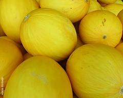 Segunda-light (sonia furtado) Tags: light fruta melo segundalight nanaturezainnature