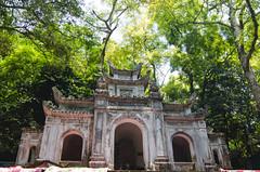 Buddhist Shrine (hmak0) Tags: travels nikon shrine asia wideangle tokina vietnam explore perfumepagoda northvietnam 1116mm d5100