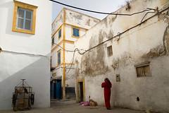 Morocco (fredcan) Tags: street travel windows light woman white streetscene morocco maroc maghreb medina walls oldtown essaouira moroccan northernafrica fredcan
