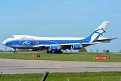 VP-BIG Air Bridge Cargo Boeing 747-400 EGNX 4/5/16 (David K- IOM Pics) Tags: bridge airport air cargo east boeing ema 747 747400 vp midlands abw b744 747400f egnx airbridgecargo vpbig
