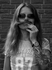 sunday is for beards! (_Wilhelmine) Tags: me myself i meinereine memyselfi bw blackandwhite selfportrait itsjustbecauseihavealotoflovefortheselftimer dumusstdochspinnen