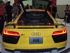 Audi R8 2017 (Santix_24) Tags: mexico df cdmx city autos exoticos exotic cars audi r8 2017 new yellow supercars pentax k50 sportscar hechoenalemania expo wtc
