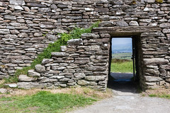 Grianan Ailligh (ghostwheel_in_shadow) Tags: door ireland europe stair fort eire stairway doorway staircase fortification donegal connaught republicofireland ringfort publicarchitecture architecturalelement griananailligh griannailigh militarystructures architectureandstructures