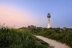 sunset (cb.photography) Tags: eve travel sunset summer vacation sky sun lighthouse holiday holland beach netherlands strand evening abend nikon sonnenuntergang dusk sommer urlaub telescope dmmerung sonnig sonne leuchtturm niederlande egmond fernrohr egmondaanzee egmondamsee